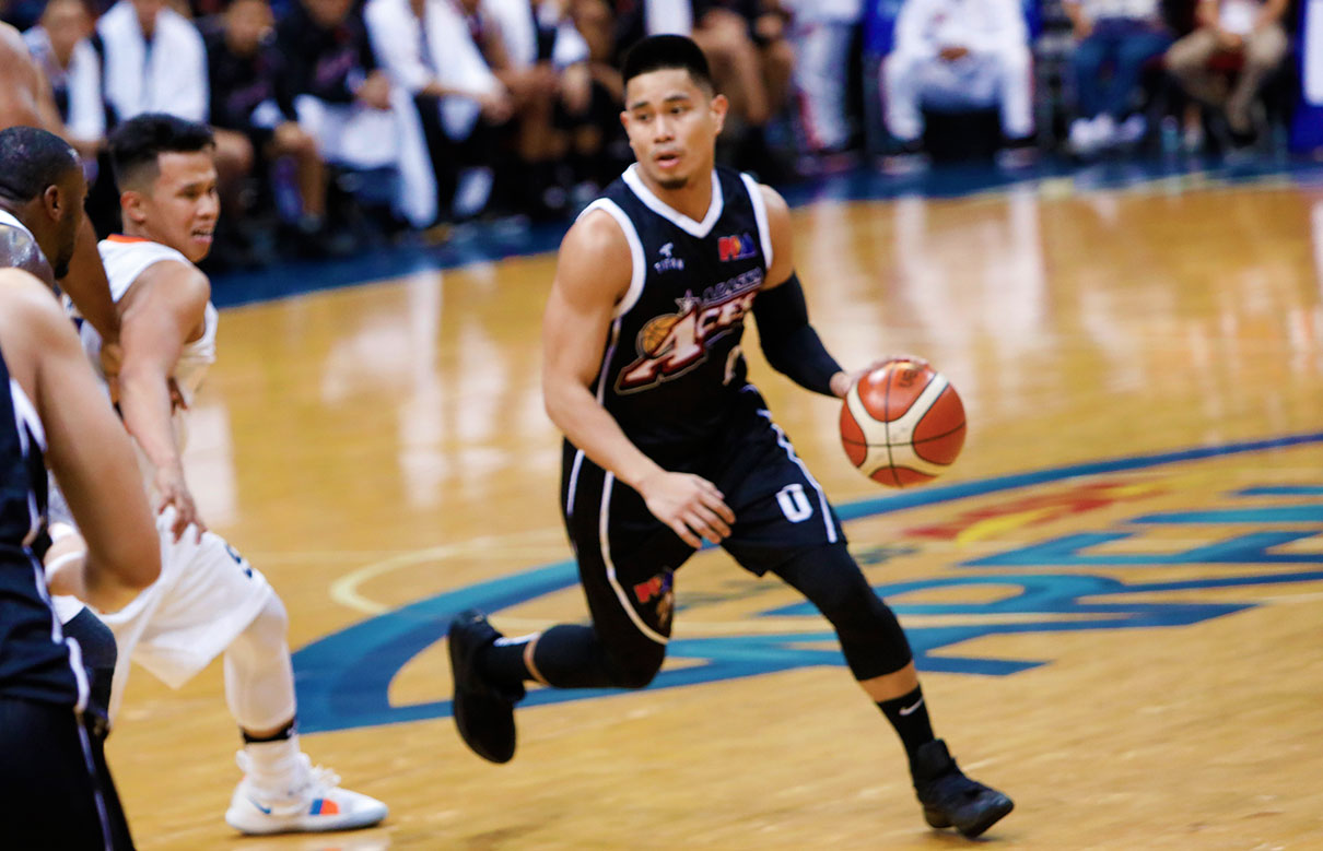 Tiebreaker Times Simon Enciso comes alive in series-tying win Basketball News PBA  Simon Enciso PBA Season 43 Alaska Aces 2018 PBA Governors Cup