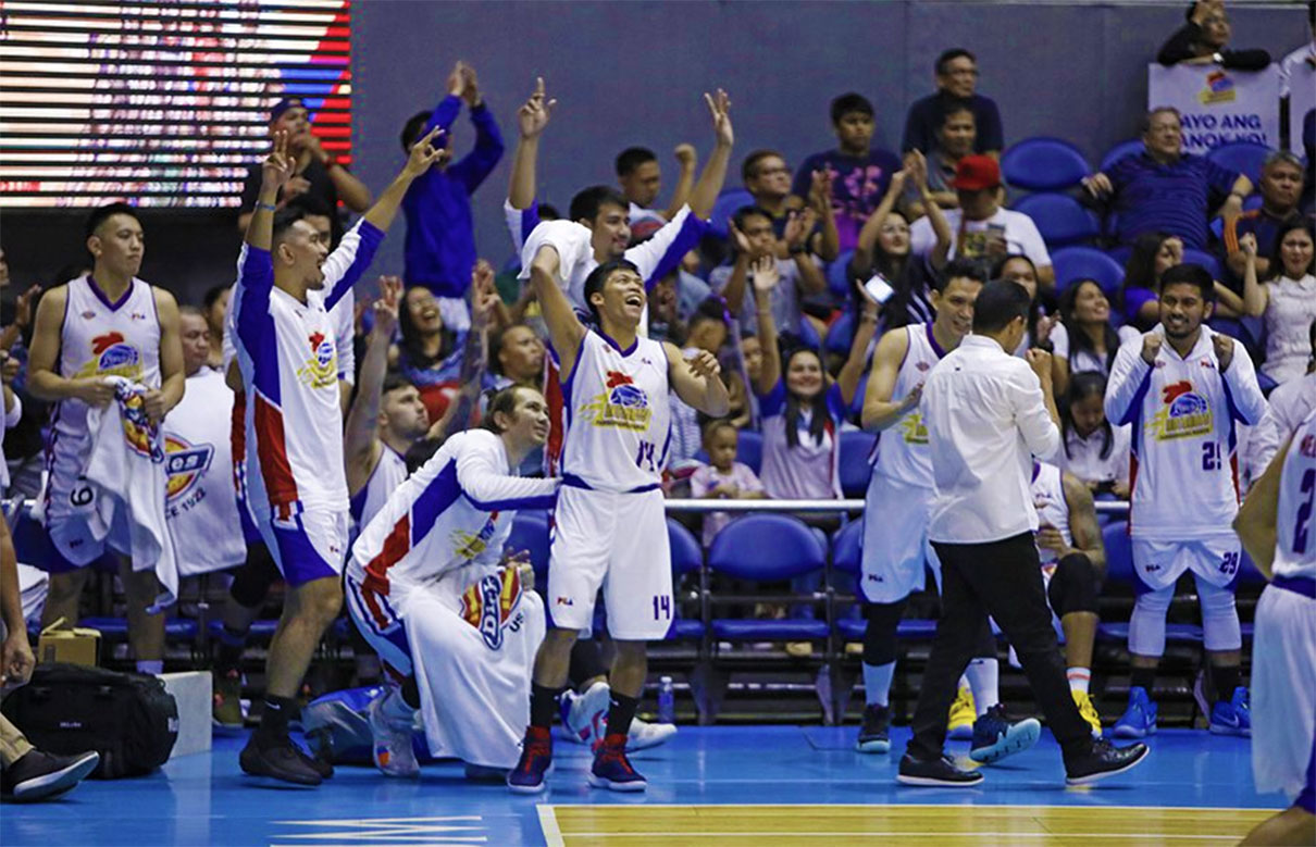 Tiebreaker Times Mark Barroca remains wary of Ginebra: 'Never-say-die nga sila 'di ba' Basketball News PBA  PBA Season 43 Mark Barroca Magnolia Hotshots 2018 PBA Governors Cup