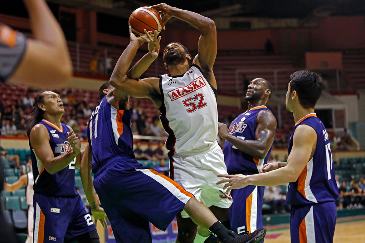 Tiebreaker Times Mike Harris takes over as Alaska nears long-awaited Finals trip Basketball News PBA  Simon Enciso Reynel Hugnatan PBA Season 43 Mike Harris Meralco Bolts Chris Newsome Chris Banchero Allen Durham Alaska Aces 2018 PBA Governors Cup