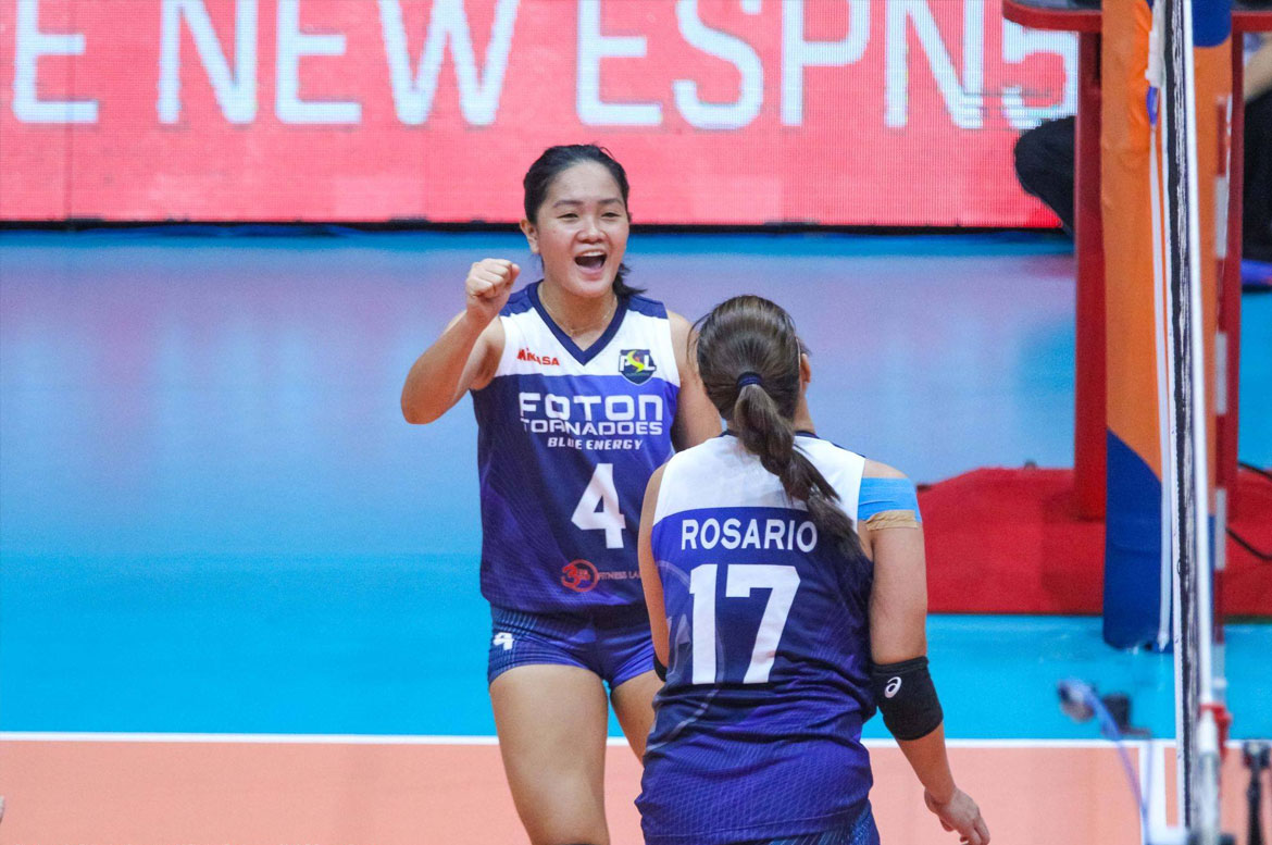 Tiebreaker Times Foton picks up third win, keeps Sta. Lucia winless News PSL Volleyball  Sta. Lucia Lady Realtors Rubie De Leon Mina Aganon Jho Maraguinot Jen Reyes George Pascua Foton Blue Energy Arianne Layug Aaron Velez 2018 PSL Season 2018 PSL All Filipino Conference