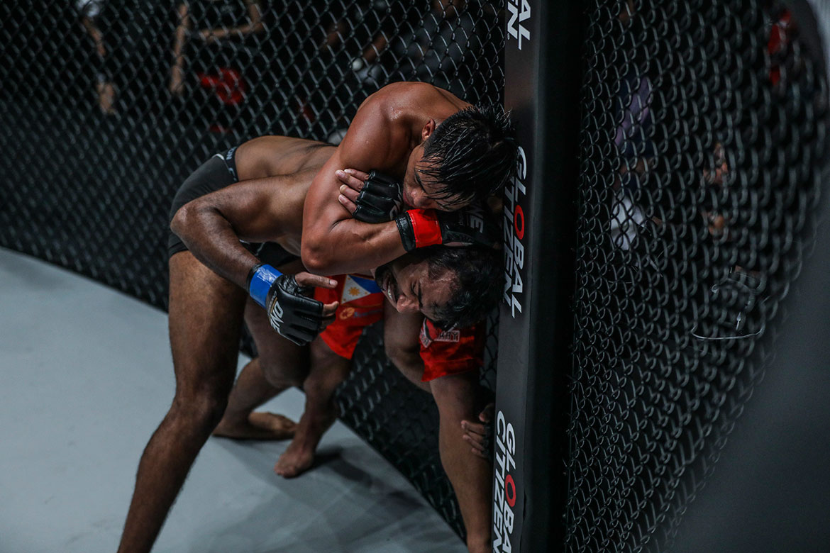 Tiebreaker Times Honorio Banario escapes tough Indian replacement for bounce back win Mixed Martial Arts Muay Thai News ONE Championship  Saemapetch Fairtex Raimond Magomedaliev Rahul Raju ONE: Conquest of Champions James Nakashima Honorio Banario Hiroaki Suzuki Deividas Danyla Alaverdi Ramazanov
