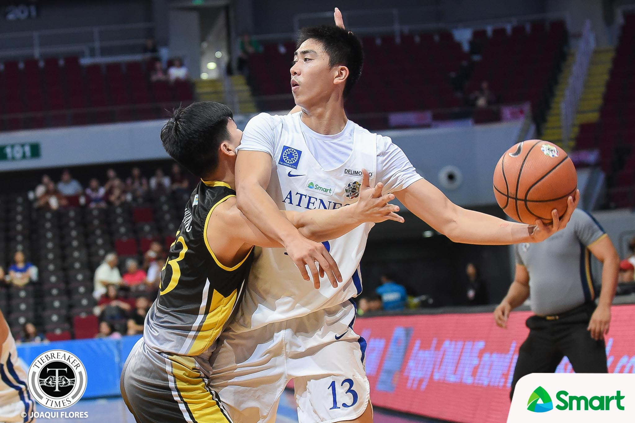 Tiebreaker Times Ateneo gives UST rude exit with 40-point rout ADMU Basketball News UAAP UST  UST Men's Basketball UAAP Season 81 Men's Basketball UAAP Season 81 Tobi Agustin Sandy Arespacochaga Renzo Subido Joshua Marcos Ateneo Men's Basketball Angelo Kouame Aldin Ayo