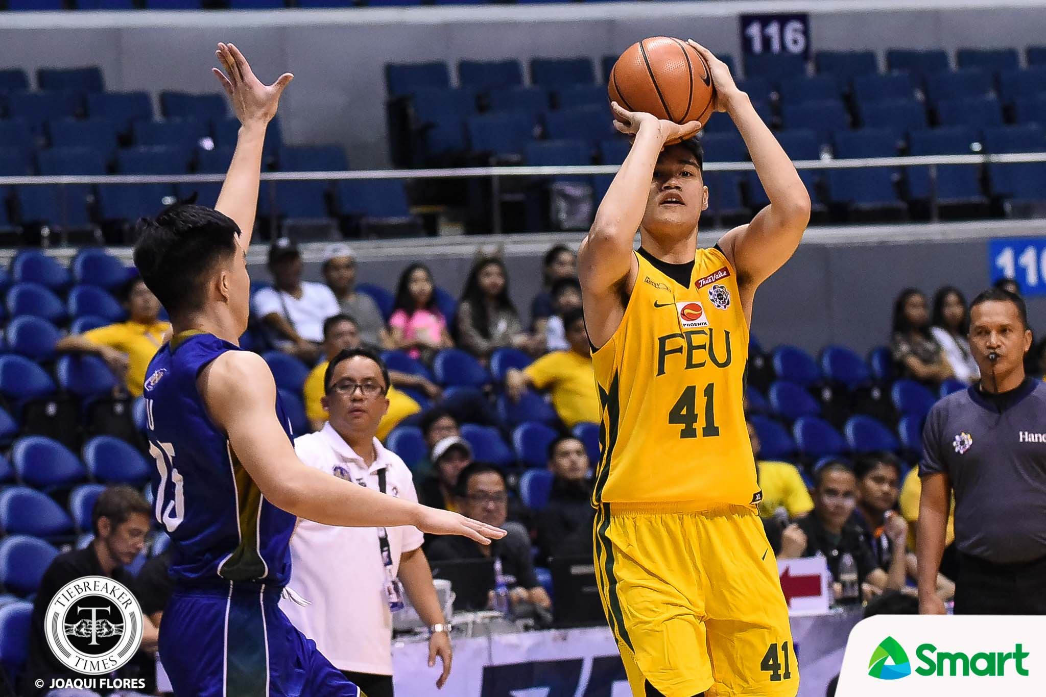 Tiebreaker Times FEU weathers John Lloyd Clemente's season-high explosion to keep pace with UP Basketball FEU News NU UAAP  UAAP Season 81 Men's Basketball UAAP Season 81 Olsen Racela NU Men's Basketball Kenneth Tuffin John Lloyd Clemente Jamike Jarin FEU Men's Basketball Dave Ildefonso Arvin Tolentino