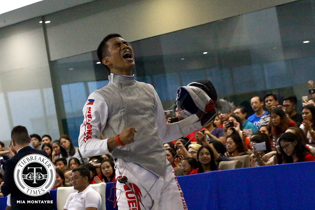 Tiebreaker Times Seventh Heaven: UE continues REDominance ADMU DLSU Fencing News UAAP UE UP UST  UST Men's Fencing UP Men's Fencing UE Men's Fencing UAAP Season 81 Men's Fencing UAAP Season 81 Sammuel Tranquilan DLSU Men's Fencing CJ Concepcion Ateneo Men's Fencing