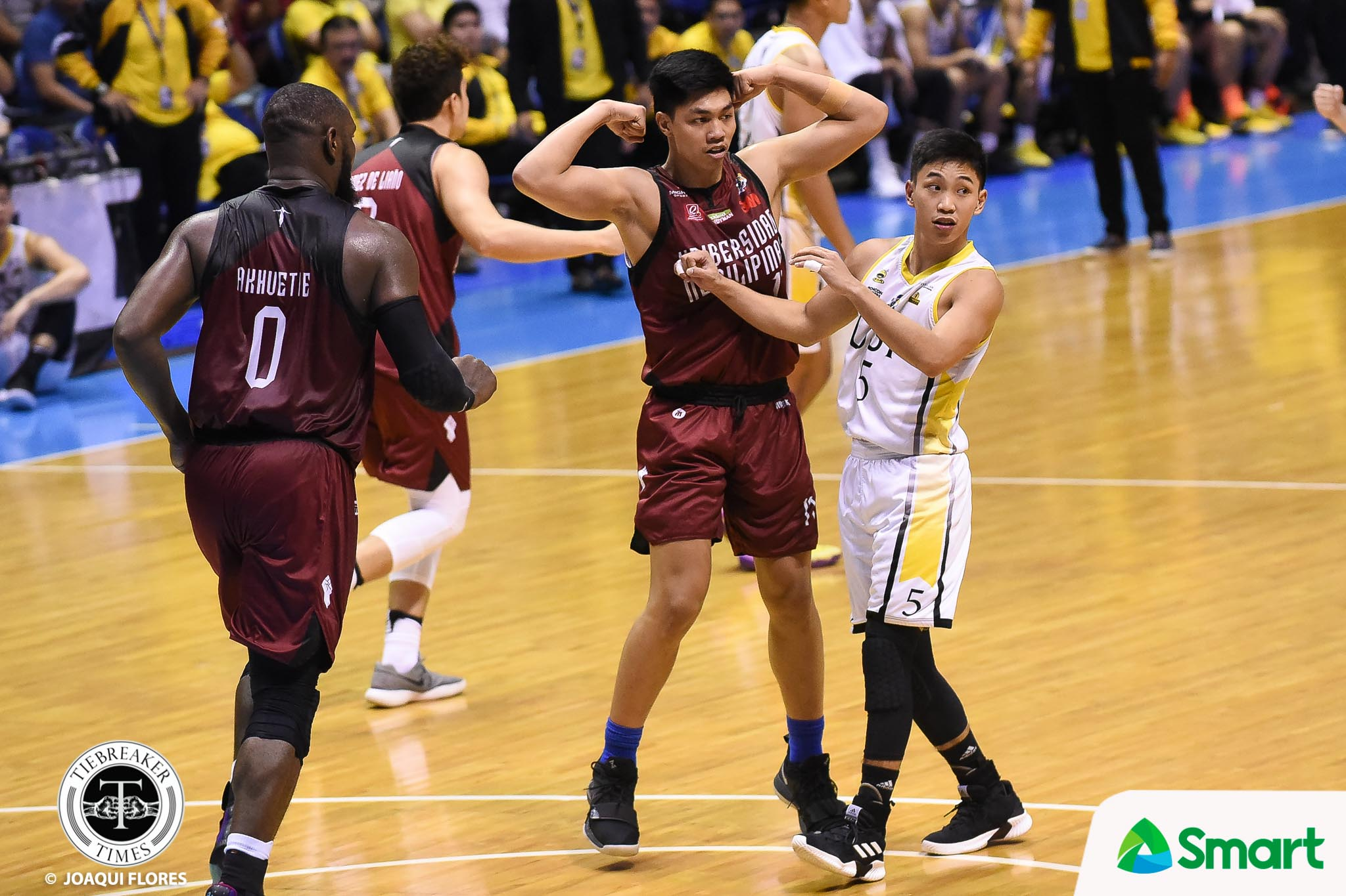 Tiebreaker Times UP strengthens Final Four bid, eliminates ailing UST Basketball News UAAP UP UST  UST Men's Basketball UP Men's Basketball UAAP Season 81 Men's Basketball UAAP Season 81 Renzo Subido Paul Desiderio Marvin Lee Juan Gomez De Liano Bright Akhuetie Bo Perasol Aldin Ayo