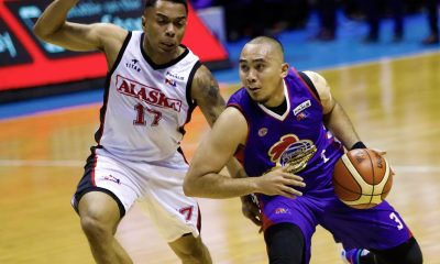 Tiebreaker Times Paul Lee shows lethal form as Magnolia sinks Alaska in all-time classic Game 5 Basketball News PBA  PBA Season 43 Paul Lee Mike Harris Magnolia Hotshots Chito Victolero Alex Compton Alaska Aces 2018 PBA Governors Cup