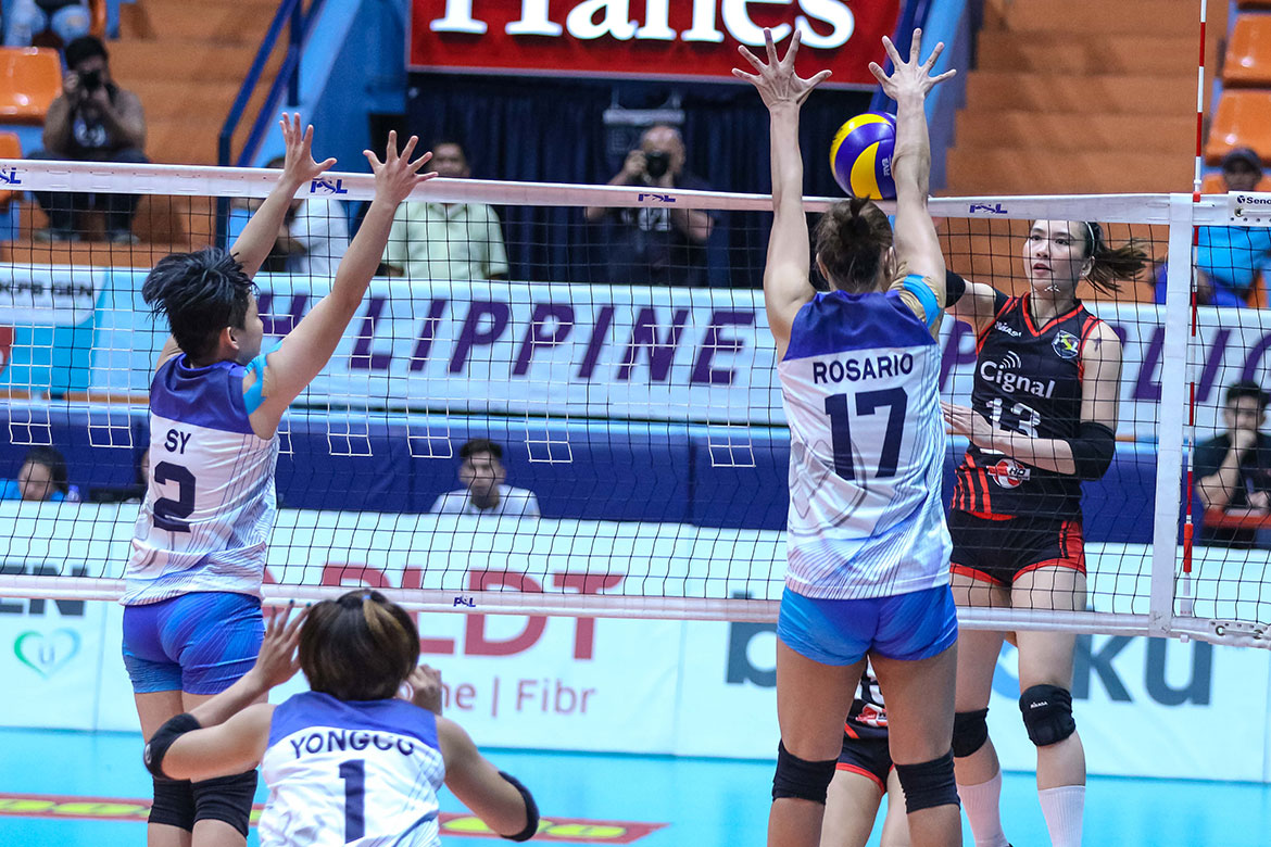 Tiebreaker Times Cignal boots out Foton to advance to semis News PSL Volleyball  Shaya Adorador Royse Tubino Rachel Daquis Mylene Paat Mina Aganon Jheck Dionela Foton Blue Energy Edgar Barroga CJ Rosario Cignal HD Spikers Acy Masangkay Aaron Velez 2018 PSL Season 2018 PSL All Filipino Conference