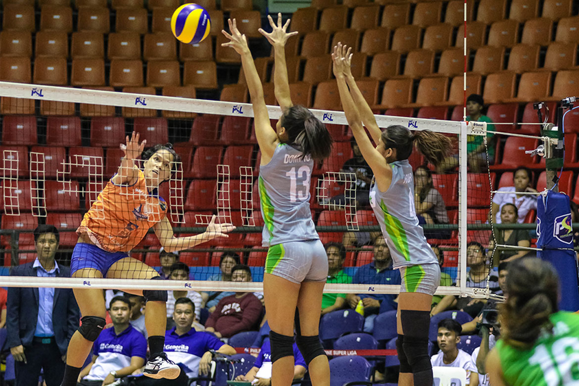 Tiebreaker Times Generika-Ayala shuts down Smart, moves to first-ever semis News PSL Volleyball  SMART Prepaid Giga Hitters Sherwin Meneses Roger Gorayeb Patty Orendain Kath Arado Jerrili Malabanan Generika-Ayala Lifesavers Fiolla Ceballos April Hingpit Aiko Urdas 2018 PSL Season 2018 PSL All Filipino Conference
