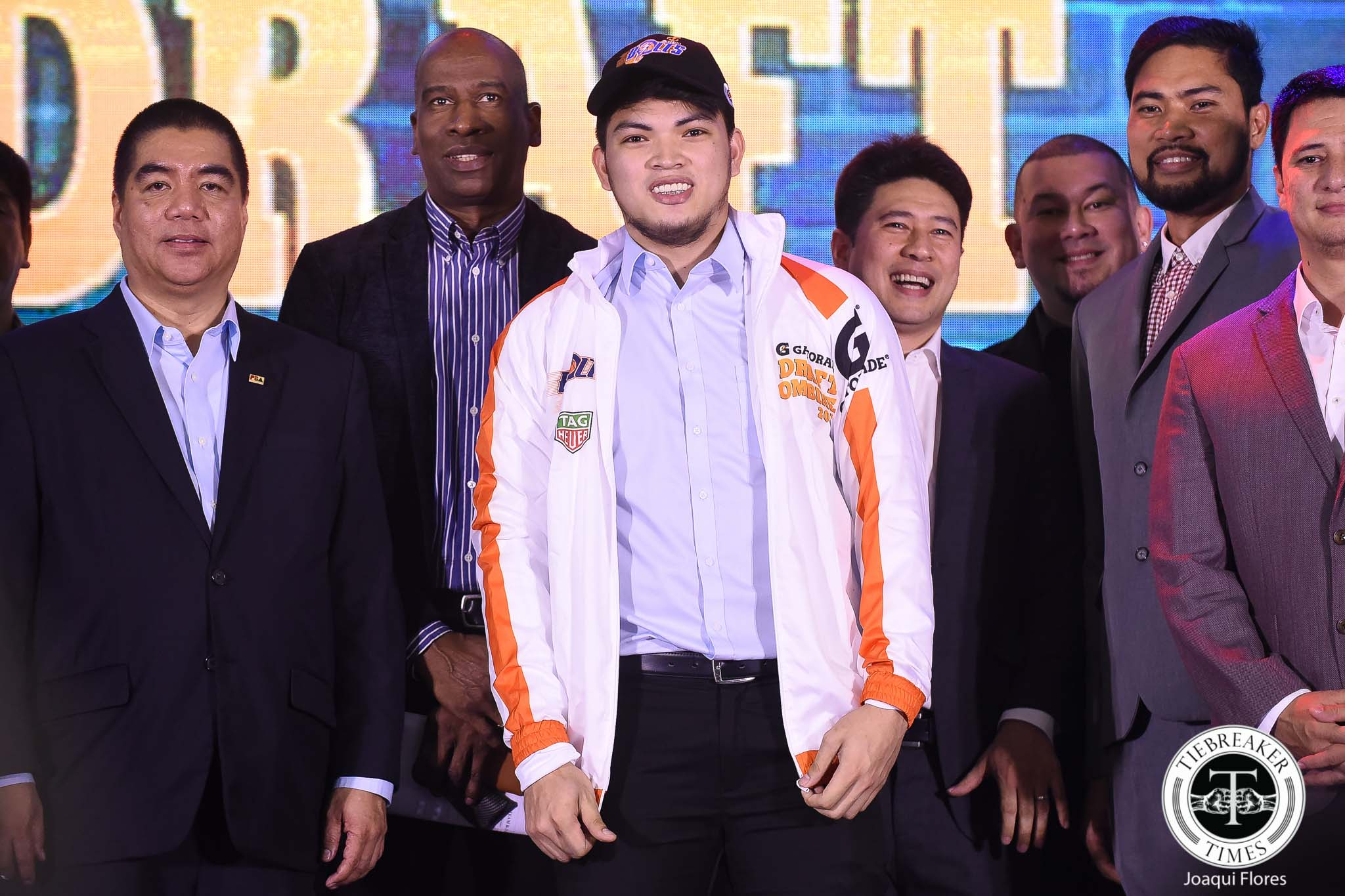 Tiebreaker Times Norman Black admits surprise as Meralco nabs Bong Quinto in 2nd round Basketball News PBA  PBA Season 44 Norman Black Meralco Bolts Bong Quinto 2018 PBA Draft