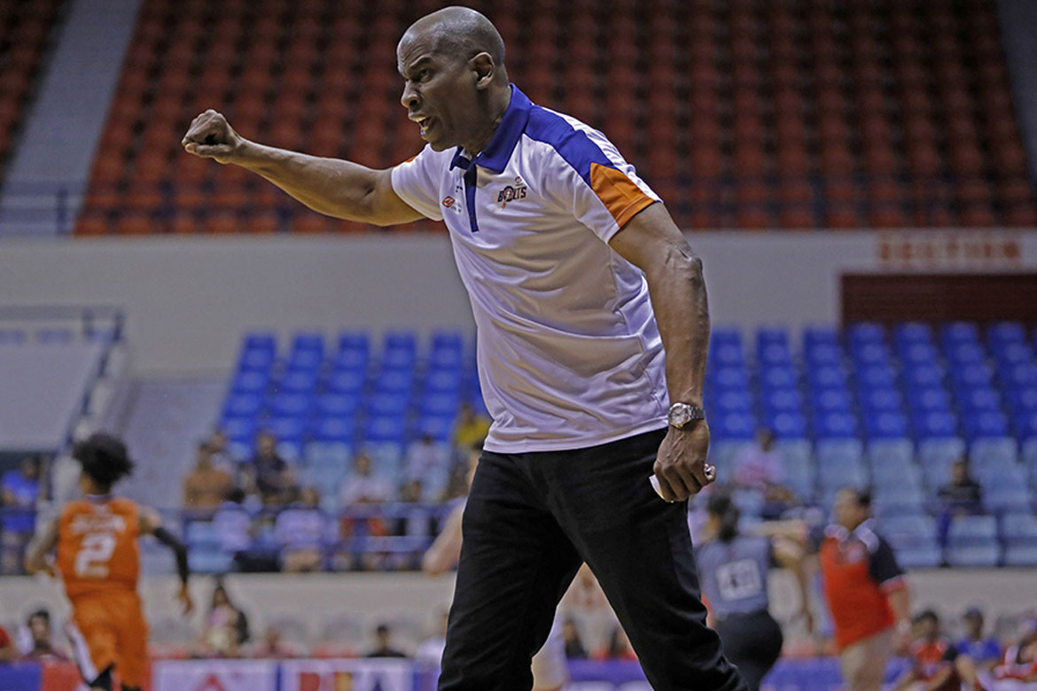Tiebreaker Times 'Meralco had nothing to do with the brownout', says Norman Black Basketball News PBA  PBA Season 44 Norman Black Meralco Bolts 2019 PBA Philippine Cup