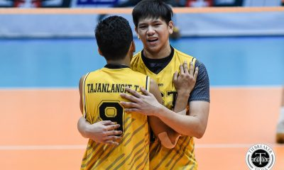 Tiebreaker Times UST Tiger Spikers avoid meltdown, slip past Ateneo ADMU News UAAP UST Volleyball  UST Men's Volleyball UAAP Season 81 Men's Volleyball UAAP Season 81 Tony Koyfman Timothy Tajanlangit Odjie Mamon MAnuel Medina Joshua Umandal Jelex Mendiolla Janjan Rivera Ateneo Men's Volleyball