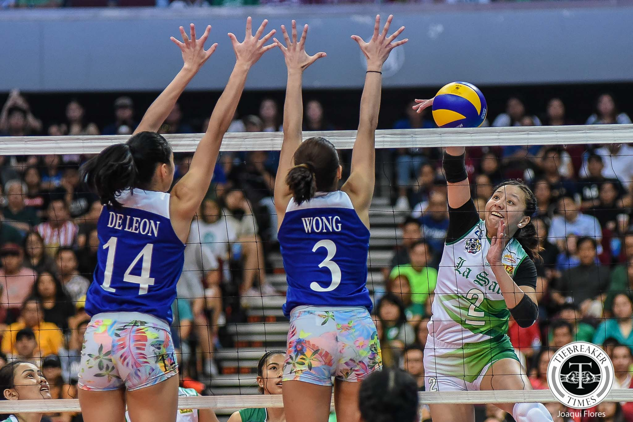 Tiebreaker Times Perfect storm for Bea De Leon in first match of last season with Ateneo Lady Eagles ADMU News UAAP Volleyball  UAAP Season 81 Women's Volleyball UAAP Season 81 Bea De Leon Ateneo Women's Volleyball
