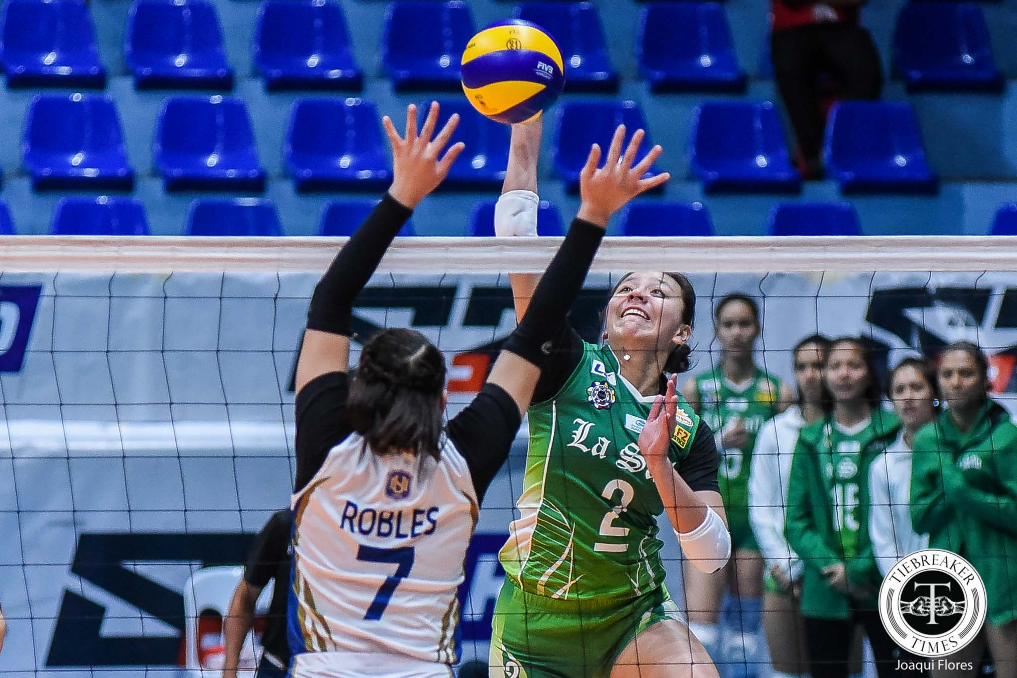 Tiebreaker Times DLSU Lady Spikers escape fiery Princess Robles, NU for third win DLSU News NU UAAP Volleyball  UAAP Season 81 Women's Volleyball UAAP Season 81 Ramil De Jesus Princess Robles NU Women's Volleyball Norman Miguel May Luna Ivy Lacsina DLSU Women's Volleyball Carmel Saga Aduke Ogunsanya