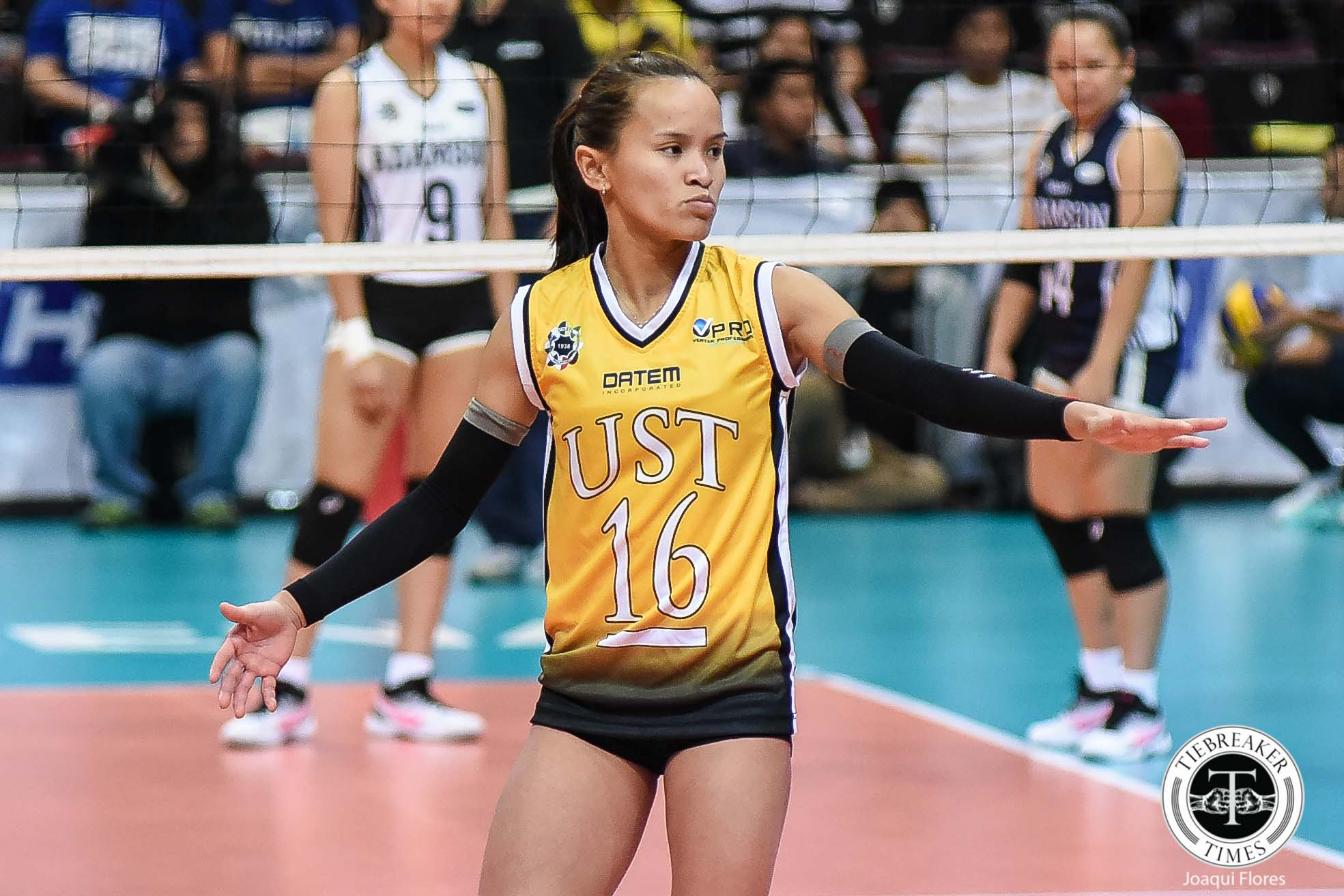 Tiebreaker Times Sisi Rondina owns up to UST Golden Tigresses' collapse News UAAP UST Volleyball  UST Women's Volleyball UAAP Season 81 Women's Volleyball UAAP Season 81 Kungfu Reyes Cherry Rondina