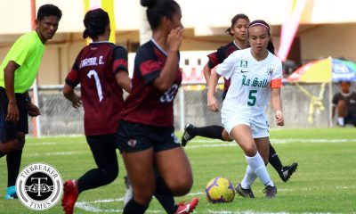 Tiebreaker Times Clinical La Salle Lady Archers ease past UP for second win DLSU Football News UAAP UP  UP Women's Football UAAP Season 81 Women's Football UAAP Season 81 Tashka Lacson Shai del Campo Nicole Adlawan Kyra Dimaandal Irish Navaja Hans-Peter Smit DLSU Women's Football Anto Gonzales