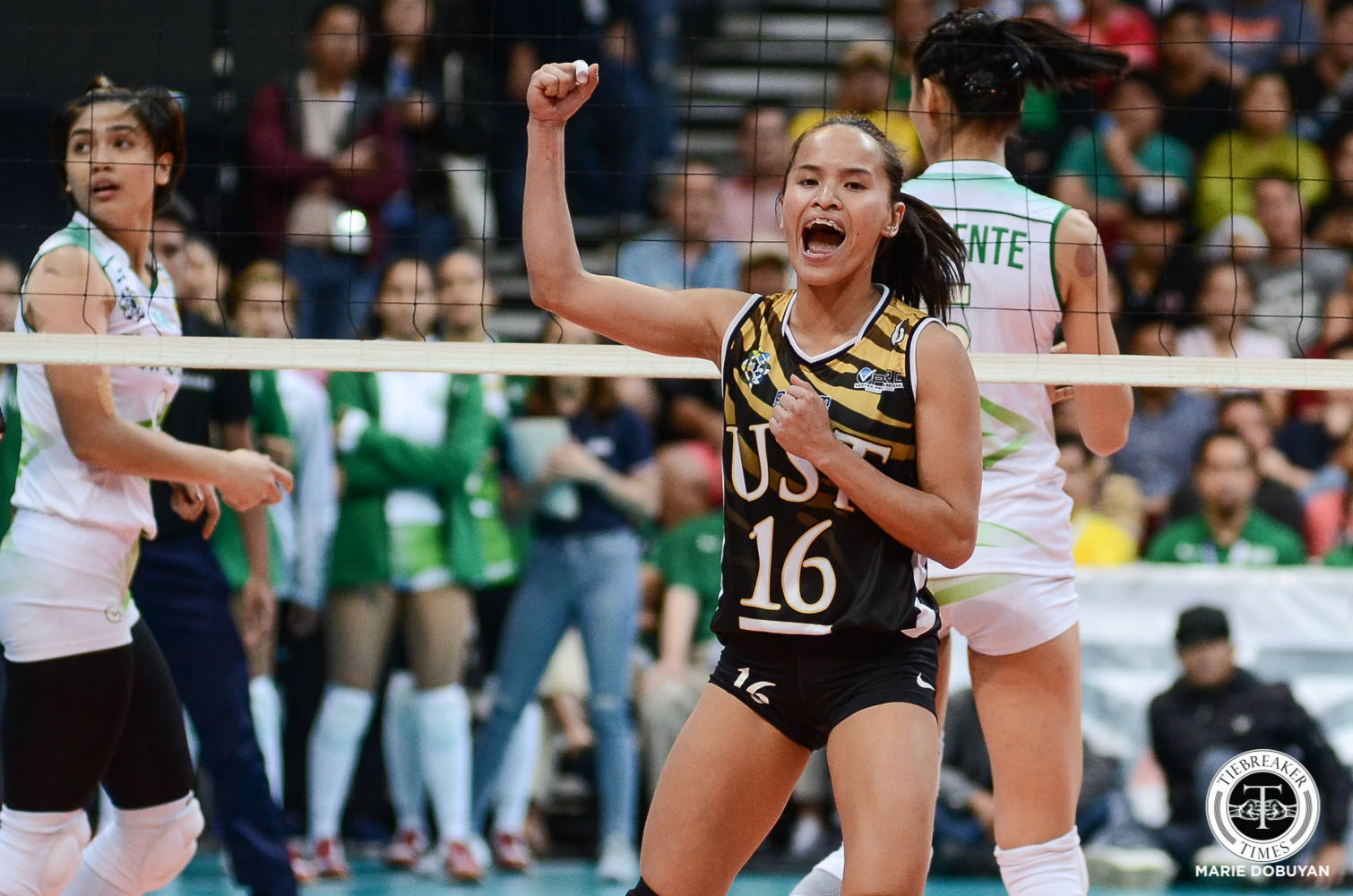 Tiebreaker Times Chooks-to-Go/Collegiate PC POW Cherry Rondina leads UST by example News UAAP UST Volleyball  UST Women's Volleyball UAAP Season 81 Women's Volleyball UAAP Season 81 UAAP Player of the Week Chooks-to-Go Cherry Rondina