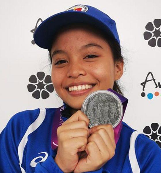 Tiebreaker Times Weightlifter Kate Diaz gives Team Pilipinas first Arafura Games medal News Weightlifting  Kate Diaz 2019 Arafura Games