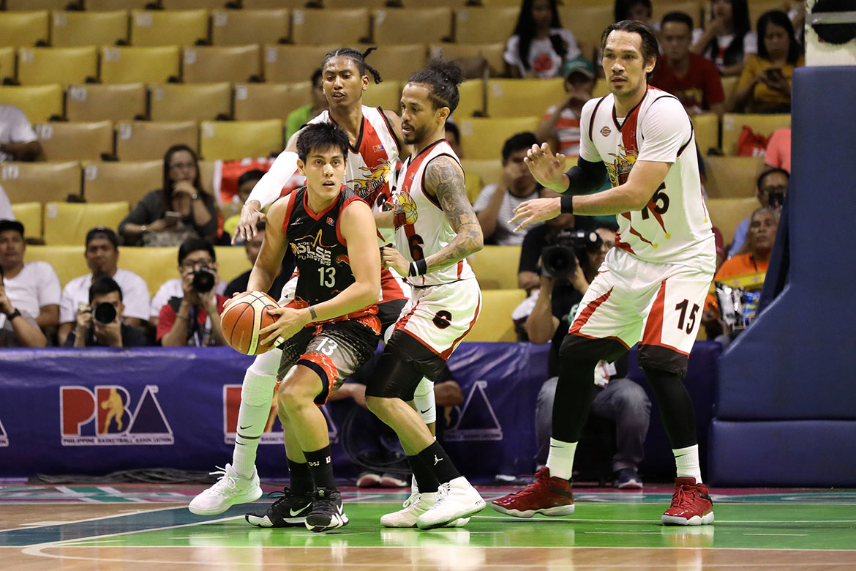 Tiebreaker Times Louie Alas claims Alex Cabagnot punched RJ Jazul Basketball News PBA  RJ Jazul Phoenix Fuel Masters PBA Season 44 Louie Alas 2019 PBA Philippine Cup