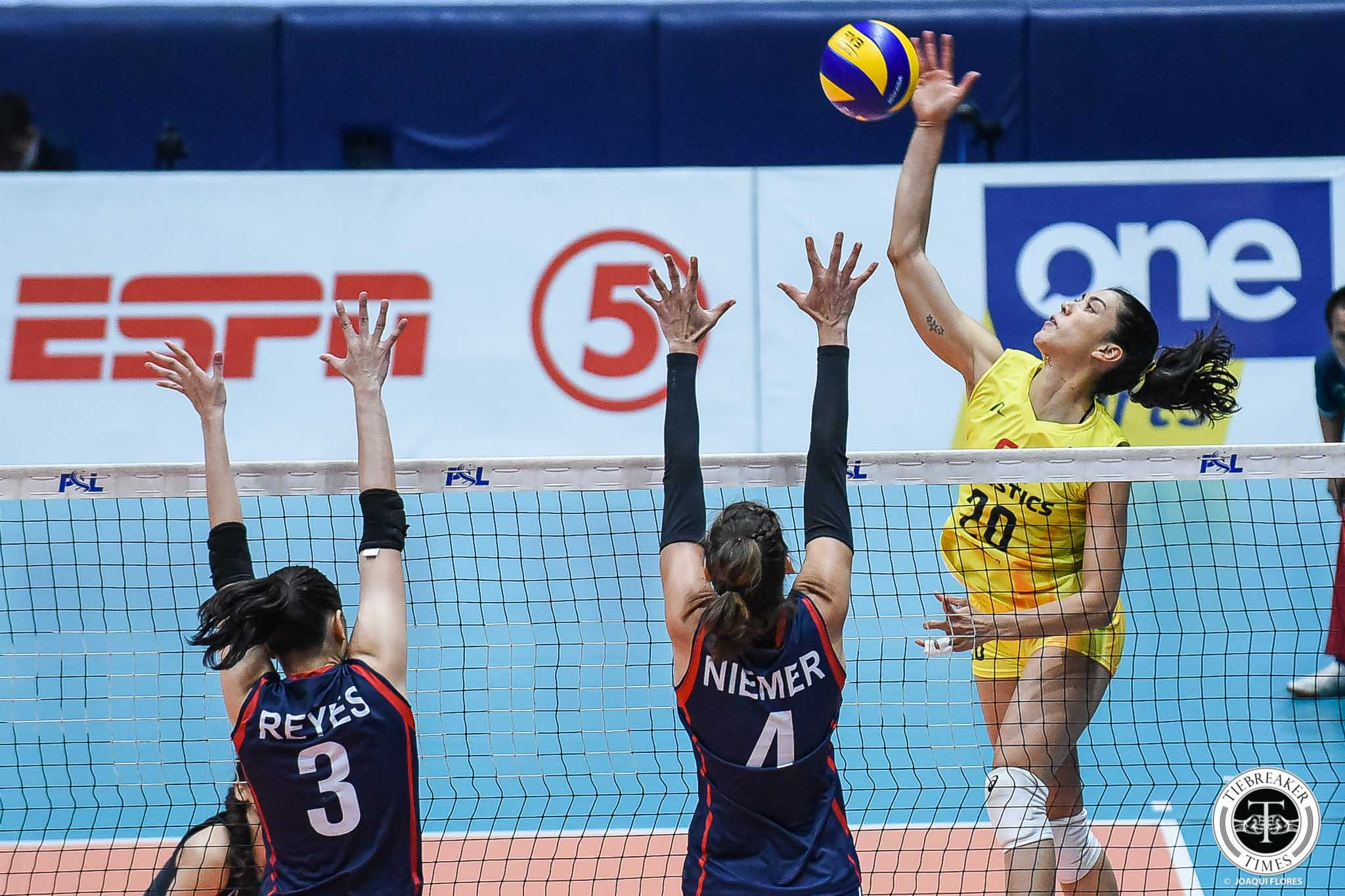 Tiebreaker Times Relief for Lindsay Stalzer after finally getting one over former team Petron News PSL Volleyball  Lindsay Stalzer F2 Logistics Cargo Movers 2019 PSL Season 2019 PSL Grand Prix