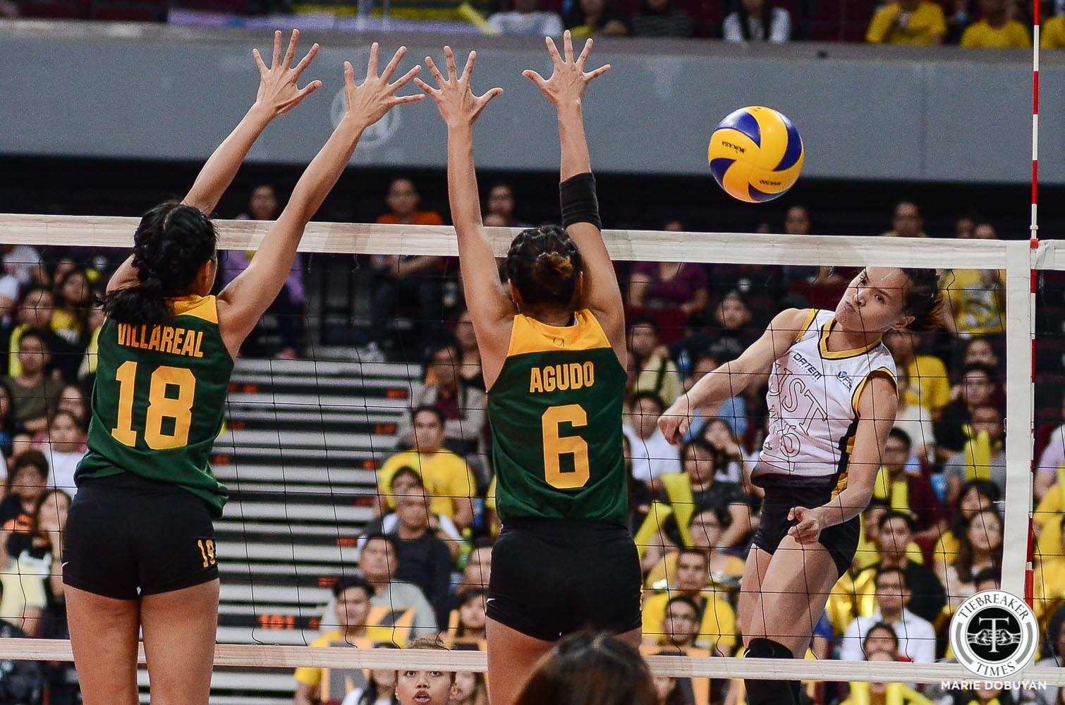 Tiebreaker Times UST Golden Tigresses stay in range of twice-to-beat advantage, dump FEU FEU News UAAP UST Volleyball  UST Women's Volleyball UAAP Season 81 Women's Volleyball UAAP Season 81 MaFe Galanza Kungfu Reyes Janel Delerio Heather Guino-o George Pascua FEU Women's Volleyball Eya Laure Cherry Rondina