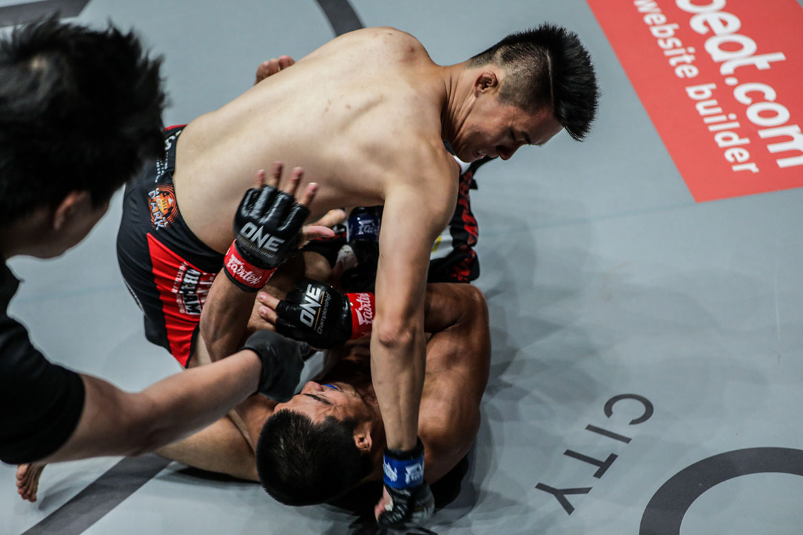 one-roots-of-honor-kwon-won-il-def-eric-kelly Kelly bros take contrasting results as Ramon Gonzales makes triumphant homecoming Kickboxing Mixed Martial Arts Muay Thai News ONE Championship  - philippine sports news