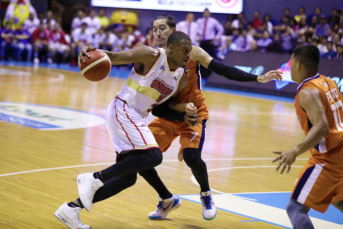 Tiebreaker Times Justin Brownlee, Ginebra erase double-digit deficit, down Meralco Basketball News PBA  Tim Cone Sol Mercado Scottie Thompson PBA Season 44 Norman Black Meralco Bolts Justin Brownlee Japeth Aguilar Gani Lawal Baser Amer Barangay Ginebra San Miguel Art dela Cruz 2019 PBA Commissioners Cup