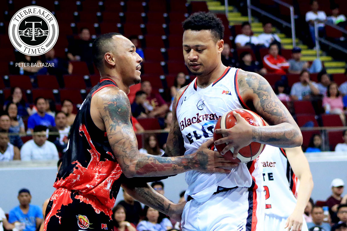 Tiebreaker Times Calvin Abueva apologizes to Ray Parks but not to his girlfriend, lashes out at Sol Mercado Basketball News PBA  PBA Season 44 Calvin Abueva Bobby Ray Parks Jr. 2019 PBA Commissioners Cup