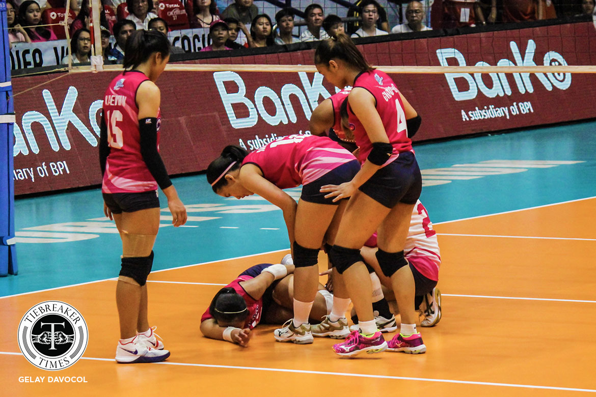 Tiebreaker Times Alyssa Valdez hurts left ankle in season opener News PVL Volleyball  Creamline Cool Smashers Alyssa Valdez 2019 PVL Season 2019 PVL Reinforced Conference