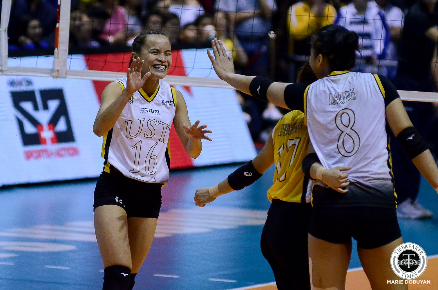 Tiebreaker Times Sisi Rondina unleashes full arsenal in Game One win News UAAP UST Volleyball  UST Women's Volleyball UAAP Season 81 Women's Volleyball UAAP Season 81 Cherry Rondina