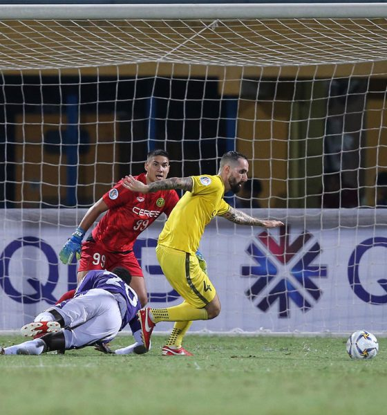 Tiebreaker Times Late Curt Dizon goal not enough as Ceres-Negros exits AFC Cup with Hanoi loss AFC Cup Football News  Roland Muller Risto Vidakovic Nguyen Van Cong Ngan Van Dai Mike Ott Miguel Tanton Hanoi FC Do Hung Dung Curt Dizon Ceres-Negros FC 2019 AFC Cup