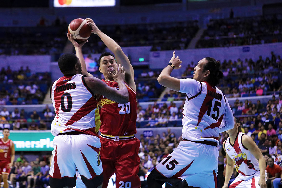 Tiebreaker Times Injury scare hounds Greg Slaughter anew as he hurts calf Basketball News PBA  PBA Season 44 Greg Slaughter Barangay Ginebra San Miguel 2019 PBA Commissioners Cup