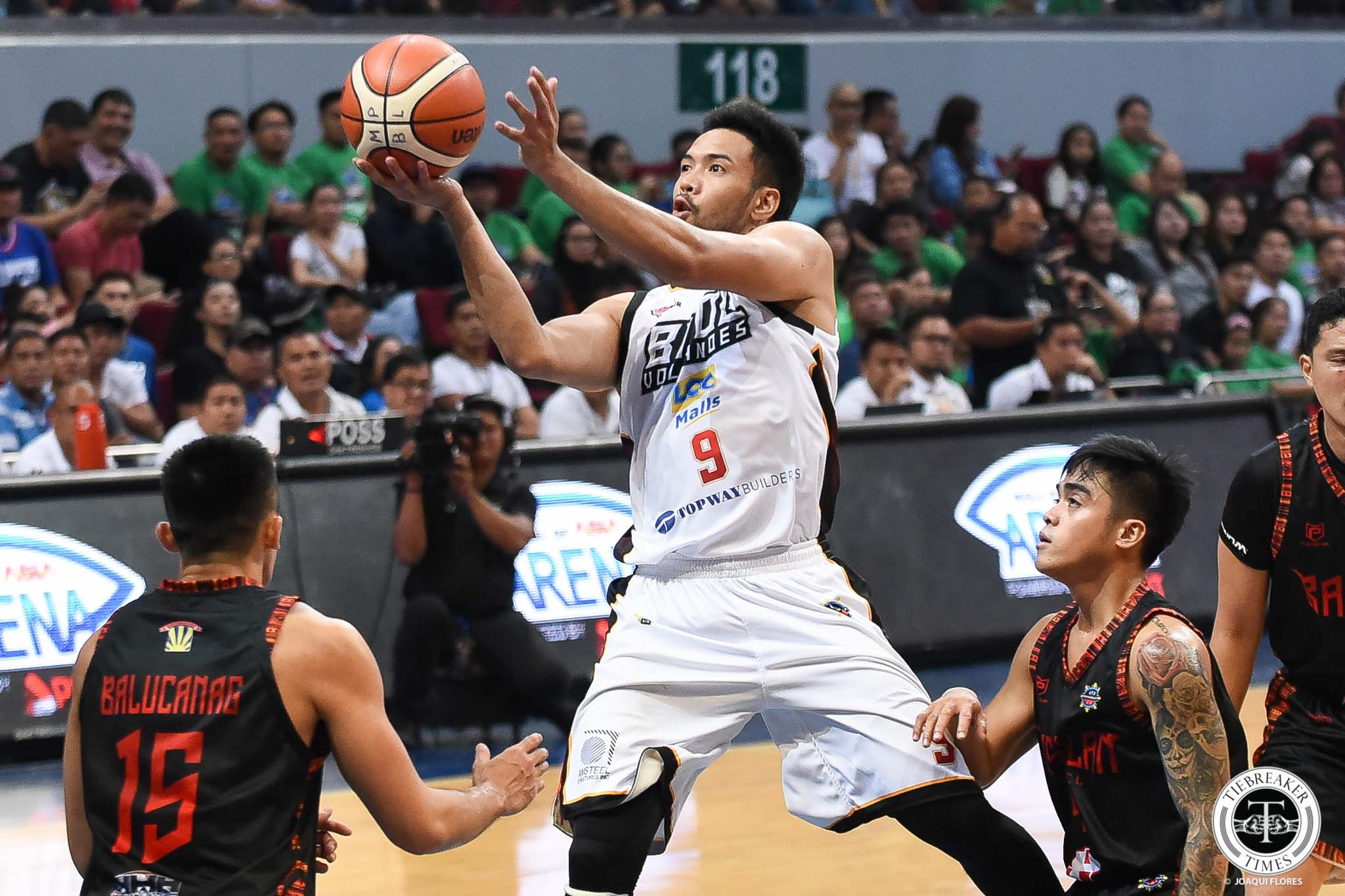Tiebreaker Times Alex Nuyles gets a new lease on life with Bicol Volcanoes Basketball MPBL News  Bicol Volcanoes Alex Nuyles 2019-2020 MPBL Lakan Cup