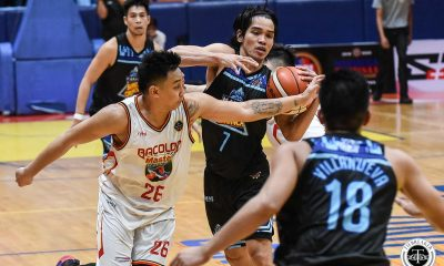 Tiebreaker Times Joseph Sedurifa takes over as Makati gives Bacolod first taste of defeat Basketball MPBL News  Vic Ycasiano Pao Javelona Makati Super Crunch Mac Tallo Joseph Sedurifa Jopher Custodio Jeckster Apinan Cholo Villanueva Cedrick Ablaza Bacolod Masters 2019-2020 MPBL Lakan Cup