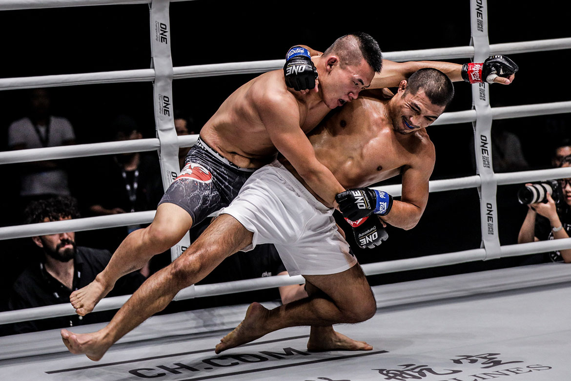 Tiebreaker Times Eric Kelly goes the distance, still all Filipinos suffer defeats in Shanghai Mixed Martial Arts News ONE Championship  Yoon Chang Min Trestle Tan ONE: Legendary Quest Niu Kang Kang Itsuki Hirata Eric Kelly Angelie Sabanal