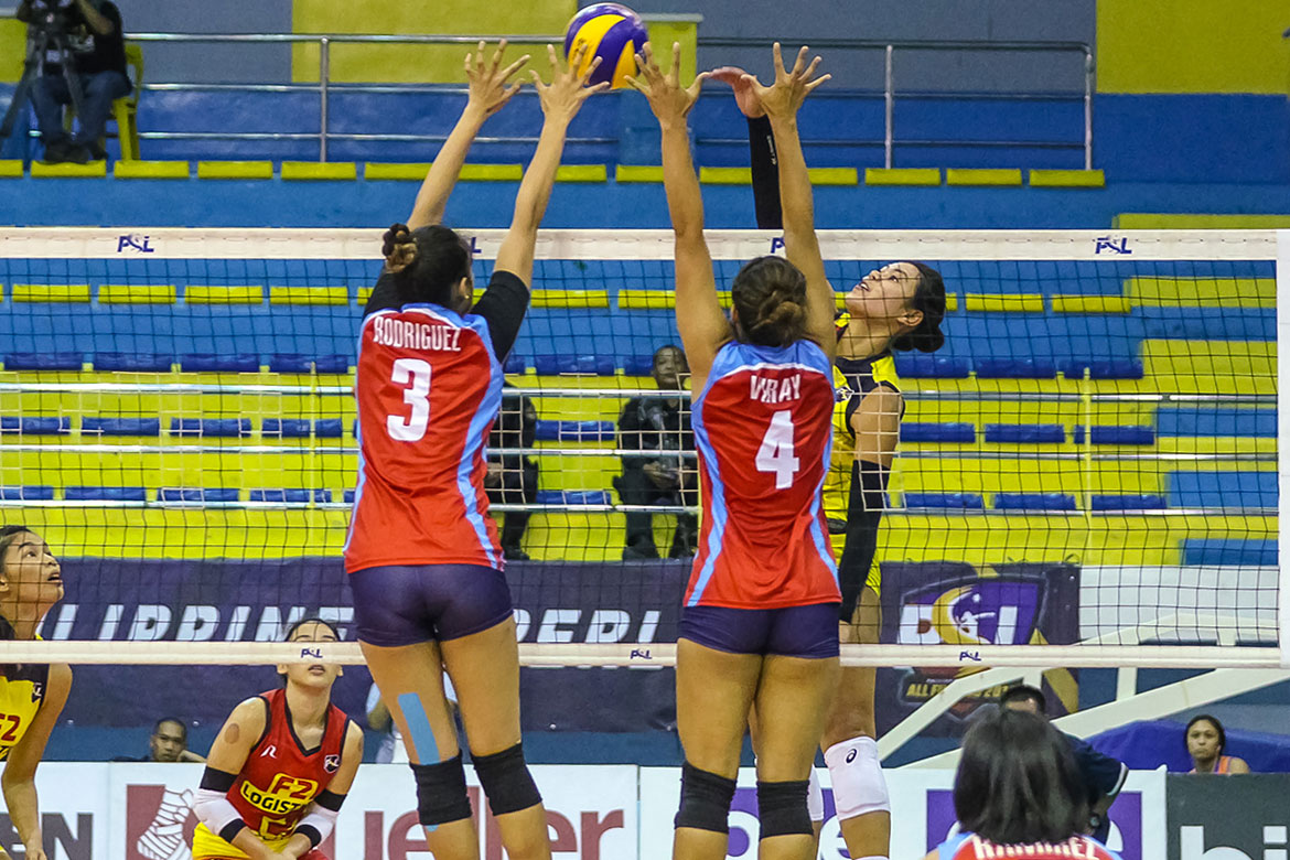 Tiebreaker Times F2 Logistics bombards Marinerang Pilipina to complete first-round sweep News PSL Volleyball  Ron Dulay Ramil De Jesus Michelle Cobb Marinerang Pilipina Majoy Baron Kalei Mau F2 Logistics Cargo Movers Dawn Macandili Ara Galang 2019 PSL Season 2019 PSL All Filipino Conference