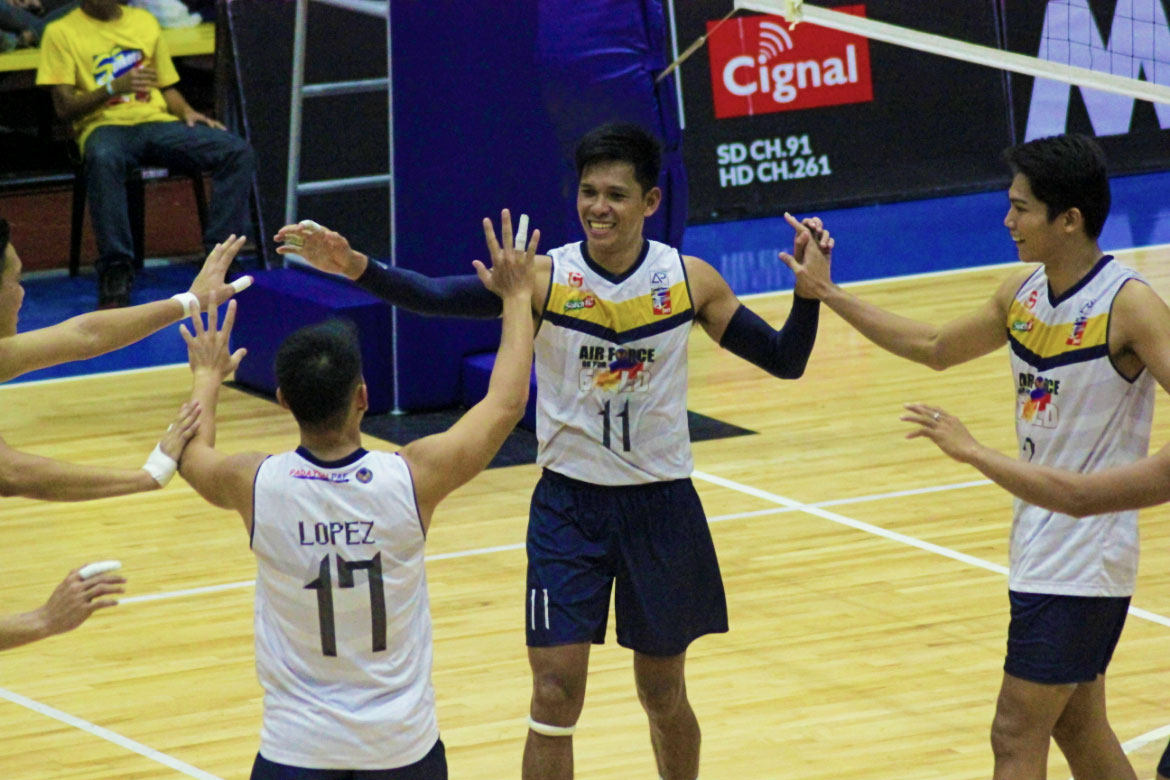 Tiebreaker Times Ranran Abdilla tows Air Force past PLDT in five sets for 1-0 lead News Spikers' Turf Volleyball  RanRan Abdilla PLDT Home Fibr Power Hitters Pao Pablico Odjie Mamon Madz Gampong Kim Malabunga Joshua Umandal Jessie Lopez Bryan Bagunas Air Force Jet Spikers 2019 Spikers Turf Season 2019 Spikers Turf Reinforced Conference