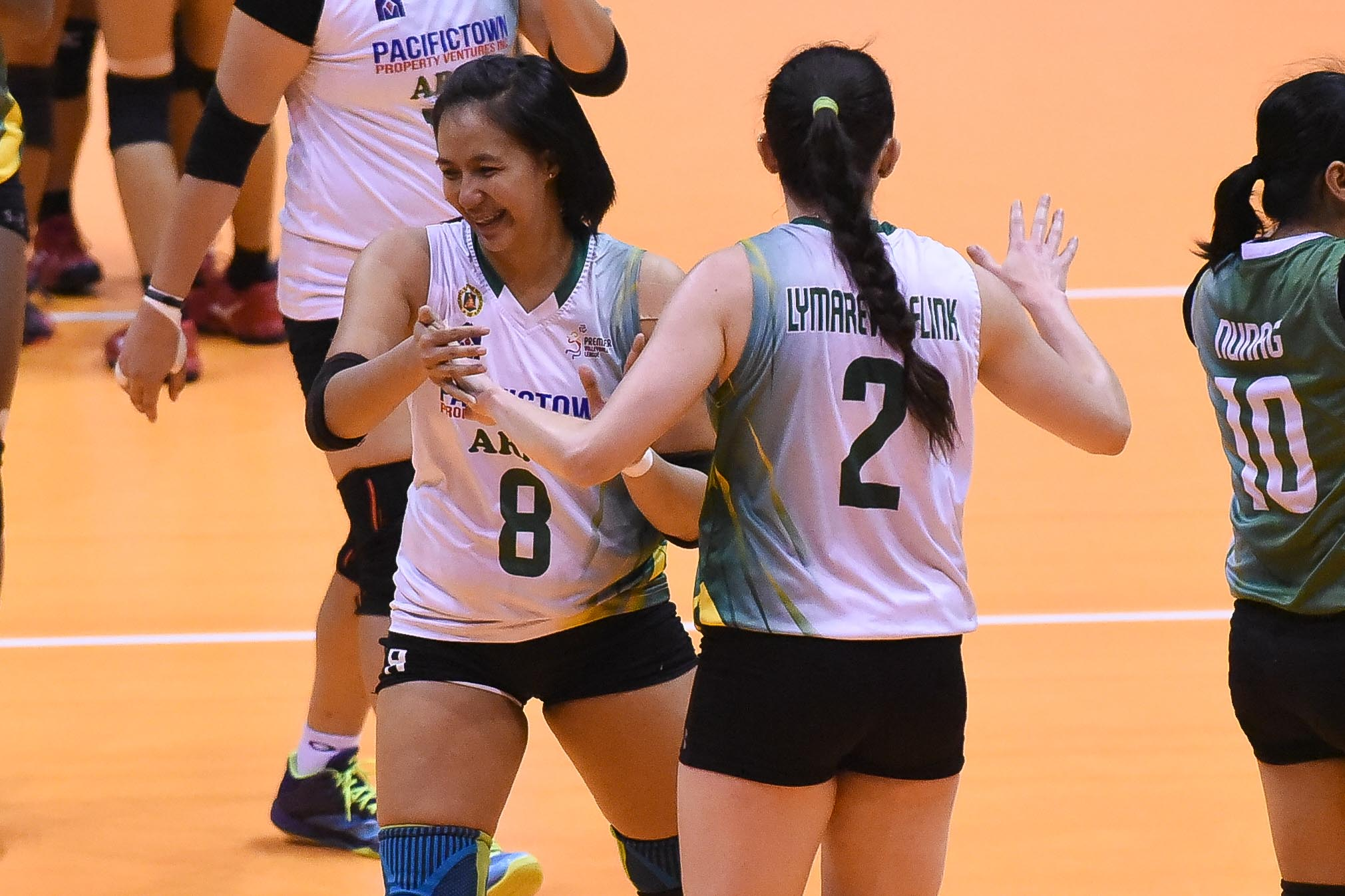 Tiebreaker Times Jovelyn Gonzaga heats up late as PacificTown-Army salvages bronze News PVL Volleyball  Sutadta Chuewulim Royse Tubino Perlas Lady Spikers Olena Lymareva-Flink Nicole Tiamzon Kungfu Reyes Jovelyn Gonzaga Jenelle Jordan Jem Ferrer Dzi Gervacio Apichat Kongsaiwat Alina Bicar 2019 PVL Season 2019 PVL Reinforced Conference