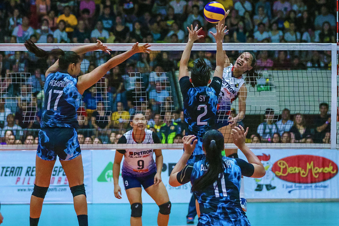 Tiebreaker Times Sisi Rondina overcomes cramps in epic bronze-sealing performance News PSL Volleyball  Petron Blaze Spikers Cherry Rondina 2019 PSL Season 2019 PSL All Filipino Conference