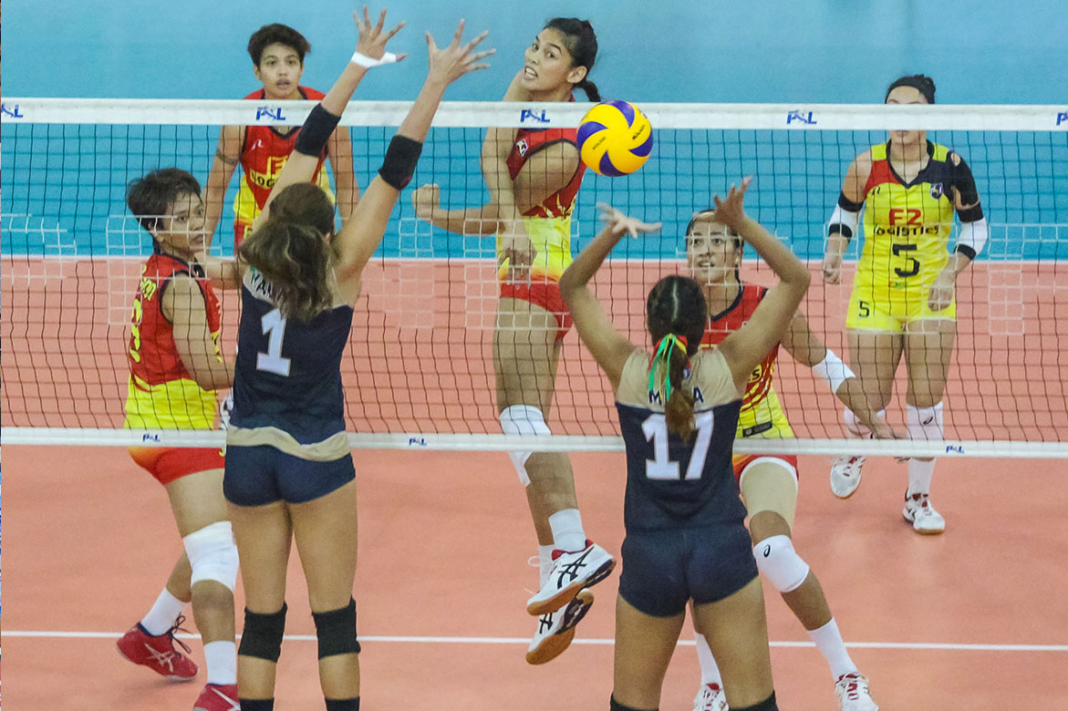 Tiebreaker Times F2 Logistics returns to winning ways, drops Cignal to fifth News PSL Volleyball  Ramil De Jesus Rachel Daquis Majoy Baron Kim Fajardo Kalei Mau F2 Logistics Cargo Movers Edgar Barroga Dawn Macandili Cignal HD Spikers Ara Galang Alohi Robins-Hardy 2019 PSL Season 2019 PSL All Filipino Conference