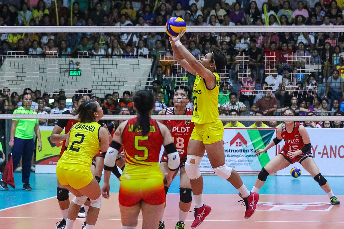 Tiebreaker Times Kim Fajardo glad to be back after long recovery from dislocated finger News PSL Volleyball  Kim Fajardo F2 Logistics Cargo Movers 2019 PSL Season 2019 PSL All Filipino Conference