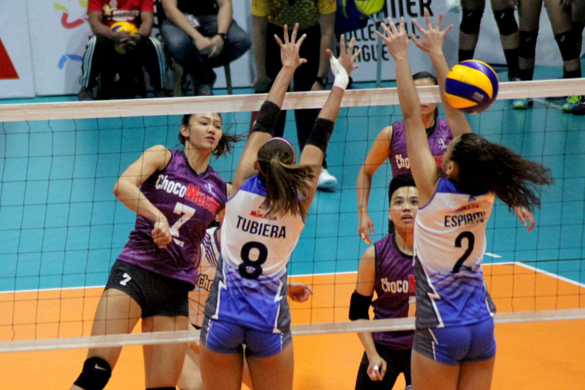 Tiebreaker Times Manilla Santos-Ng makes triumphant return as Choco Mucho sweeps Bali Pure News PVL Volleyball  Rommel Abella Oliver Almadro Menchie Tubiera Manilla Santos-Ng Maddie Madayag Kat Tolentino Grazielle Bombita Choco Mucho Flying Titans Bali Pure Purest Water Defenders Acy Masangkay 2019 PVL Season 2019 PVL Open Conference
