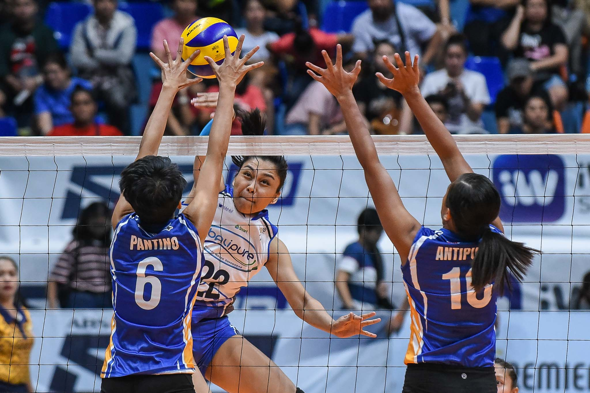 Tiebreaker Times Bombita, Bali Pure quench long 12-game drought, keep Air Force winless News PVL Volleyball  Vira Guillema Satrianni Espiritu Rommel Abella Rhovyl Verayo Menchie Tubiera Mae Sabalsa Grazielle Bombita Del Palomata Bali Pure Purest Water Defenders Angel Antipuesto Air Force Jet Spikers 2019 PVL Season 2019 PVL Open Conference