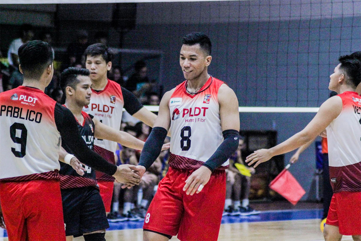 Tiebreaker Times PLDT gives Dayandante warm welcome as Arellano outlasts UST AU EAC News SSC-R UST  vince imperial UST Men's Volleyball Sherwin Meneses San Sebastian Men's Volleyball Ronchette Villegas Rod Palmero Reynald Honra Rence Melgar PLDT Home Fibr Power Hitters NCBA Wildcats Mark Alfafara Lorenz Senoron Kim Dayandante Joshua Miña Earl Magadan EAC Men's Volleyball Demy Lapuz CJ Segovia Arellano Men's Volleyball 2019 Spikers Turf Season 2019 Spikers Turf Open Conference