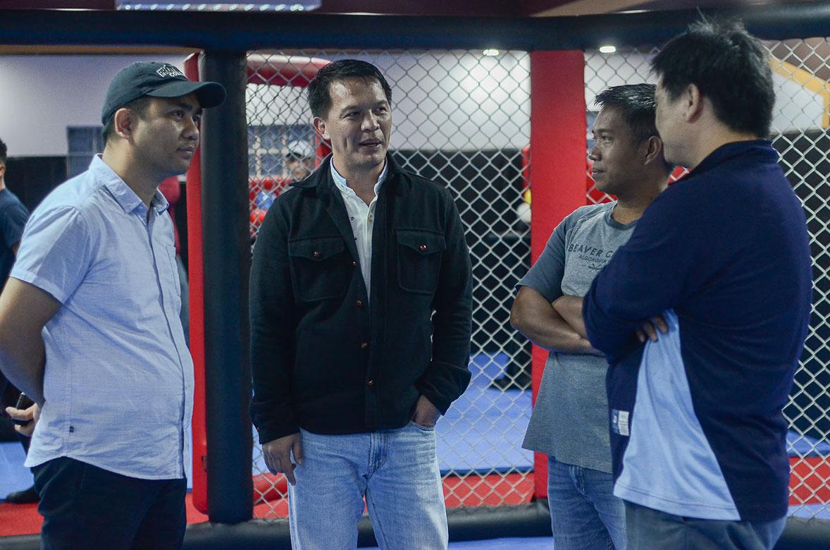 Tiebreaker Times Amid COVID-19, Team Lakay puts training on hold Mixed Martial Arts News ONE Championship  Team Lakay Mark Sangiao Eduard Folayang Coronavirus Pandemic