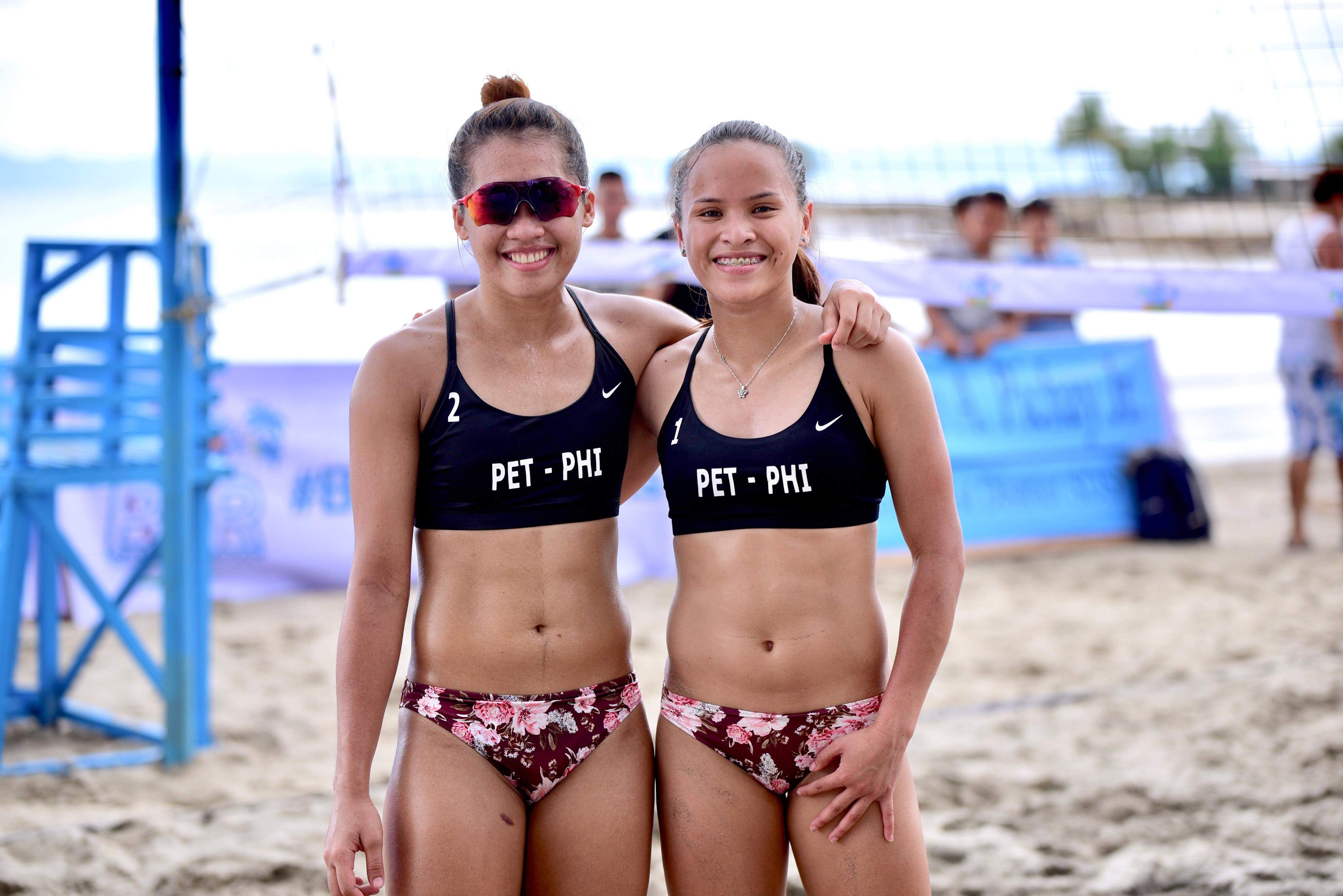 Tiebreaker Times Sisi Rondina opens up on why she decided to focus on Beach Volleyball Beach Volleyball BVR News  Creamline Cool Smashers Cherry Rondina 2020 BVR Season
