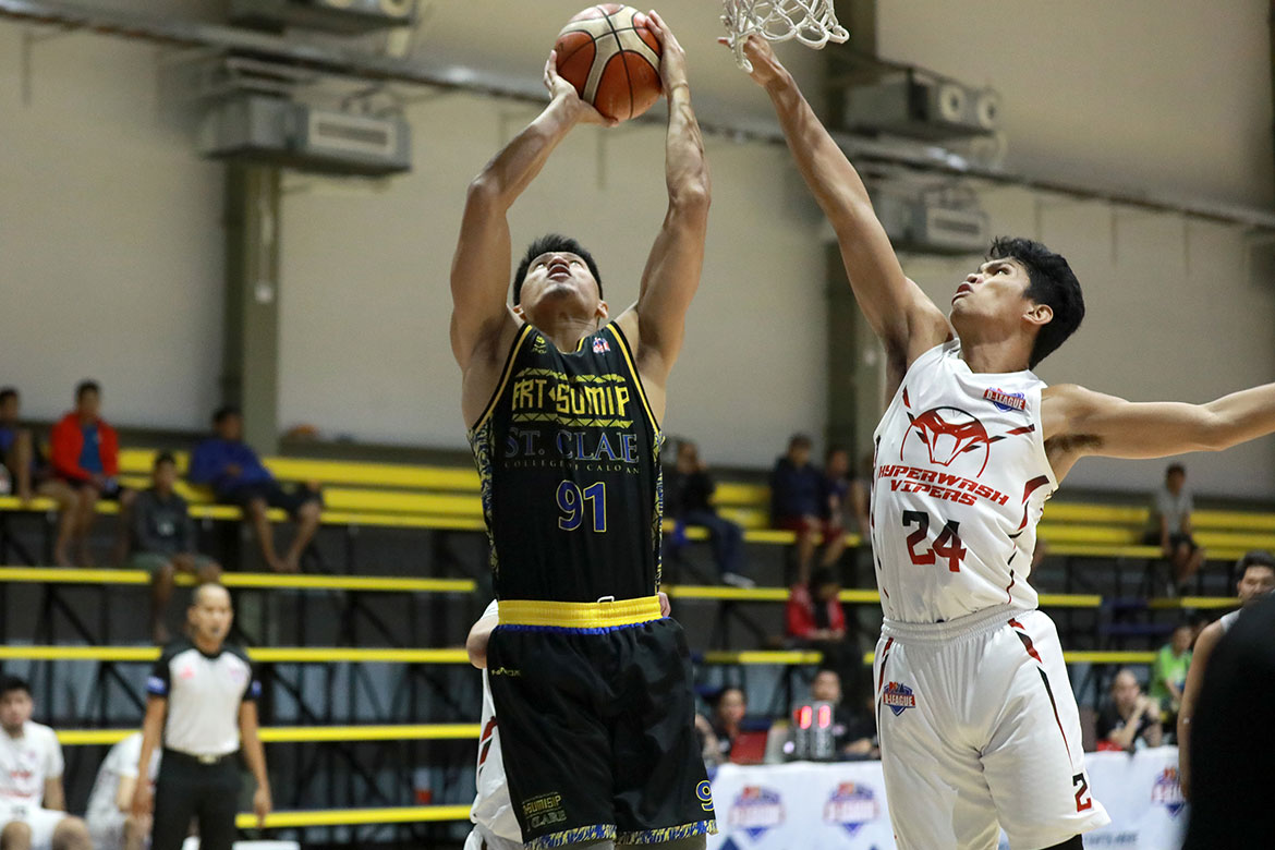 Tiebreaker Times BRT Sumisip-St. Clare scores whopping 180 points, advances to D-League semis Basketball News PBA D-League  Stevenson Tiu Junjie Hallare JR Cawaling Joshua Fontanilla Joseph Penaredondo Jhaps Bautista James Manacho Hyperwash Vipers Chris Dumapig BRT Sumisip-St. Clare Saints 2019 PBA D-League Second Conference