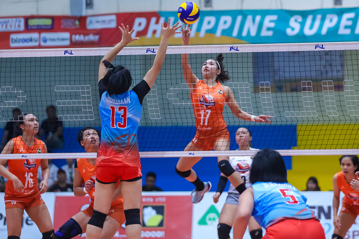 Tiebreaker Times Generika-Ayala pounces on wasteful Marinerang Pilipina for opening day win News PSL Volleyball  Sherwin Meneses Ron Dulay Mean Mendrez Marinerang Pilipina Jamie Lavitoria Generika-Ayala Lifesavers Fiola Ceballos Cesca Racraquin Bia General 2019 PSL Season 2019 PSL Invitational Cup