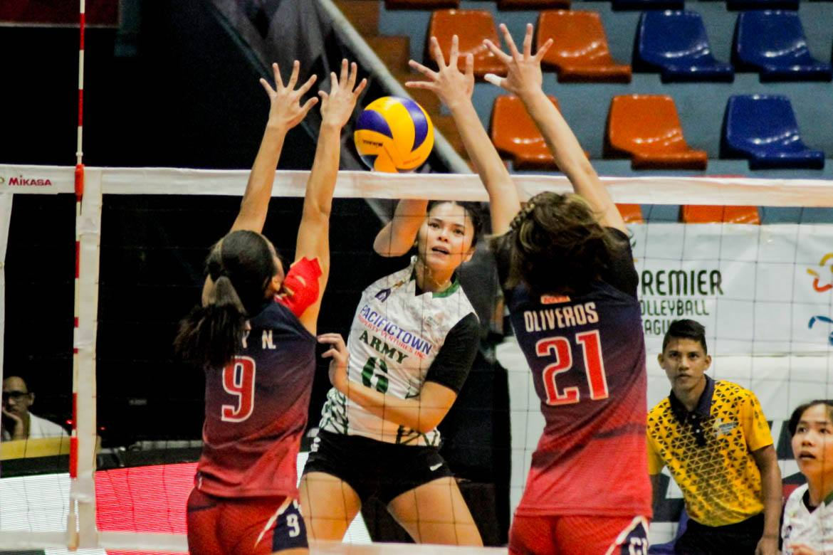 Tiebreaker Times PacificTown–Army asserts mastery over Chef's Classics for rebound win News PVL Volleyball  Royse Tubino Pacific Town-Army Lady Troopers Nieza Viray Nemesio Gavino Jr. Kungfu Reyes Jem Gutierrez Ging Balse-Pabayo Alina Bicar 2019 PVL Season 2019 PVL Open Conference
