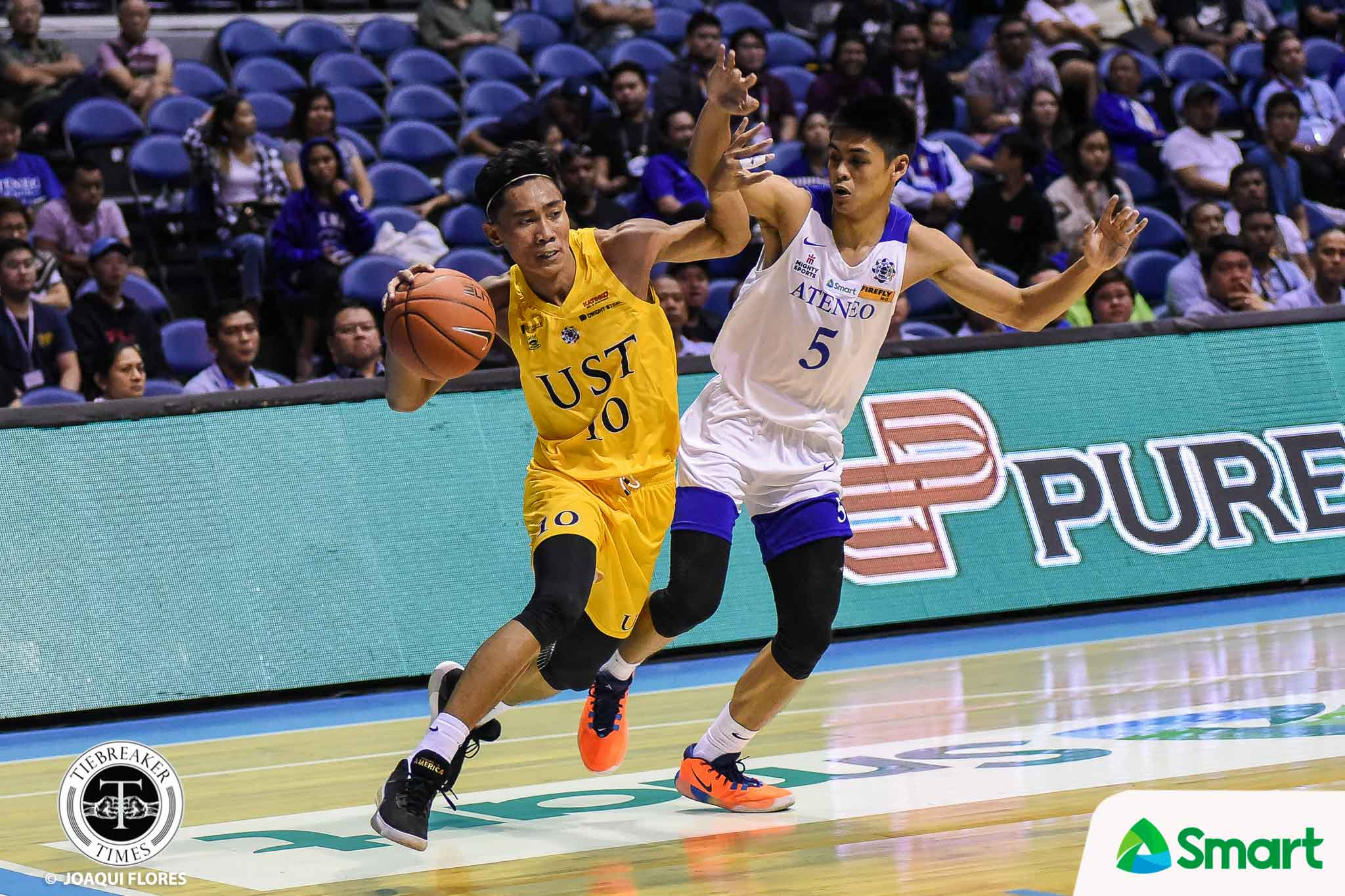 Tiebreaker Times Rhenz Abando receives pleasant surprise after UST loss to Ateneo Basketball News UAAP UST  UST Men's Basketball UAAP Season 82 Men's Basketball UAAP Season 82 Thirdy Ravena