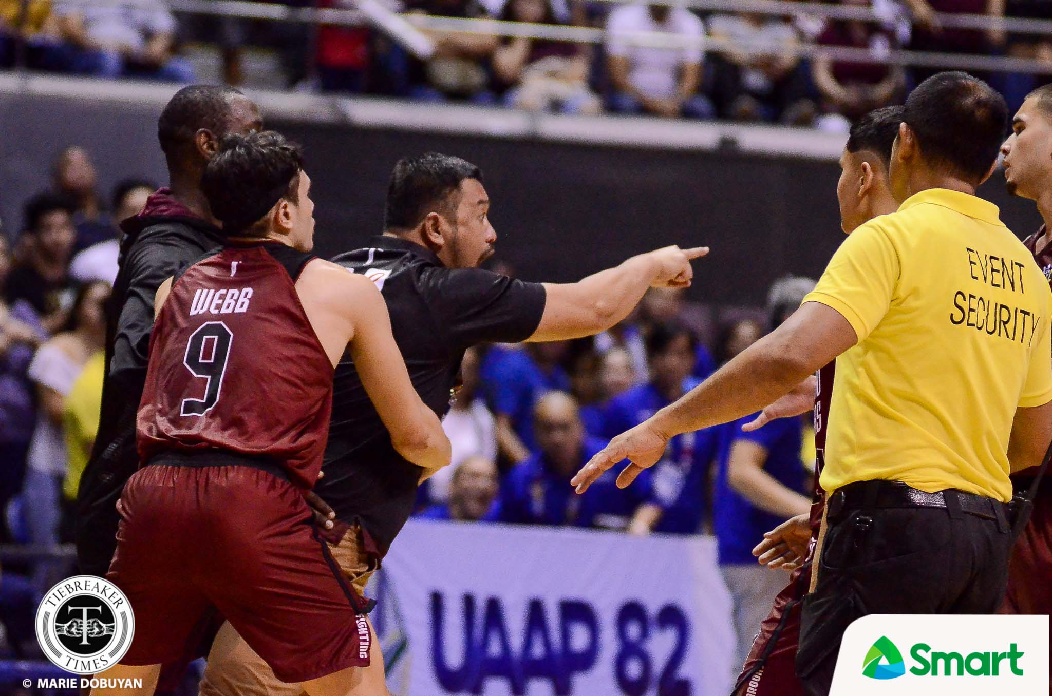 Tiebreaker Times Apologetic Bo Perasol says official targeted Akhuetie Basketball News UAAP UP  UP Men's Basketball UAAP Season 82 Men's Basketball UAAP Season 82 Bo Perasol